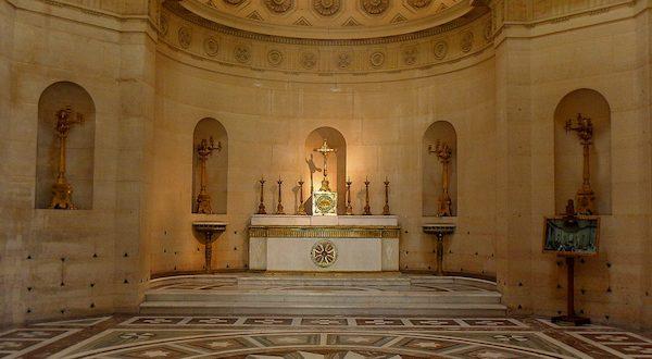 5 lieux insolites à Paris - , la Chapelle Expiatoire